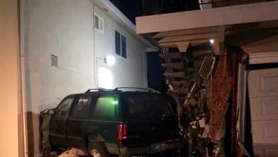 SUV Slams into South Sacramento Apartment