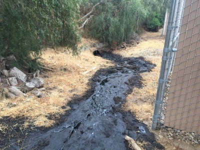 Pipeline Burst Spills 30,000 Gallons of Oil in Ventura County